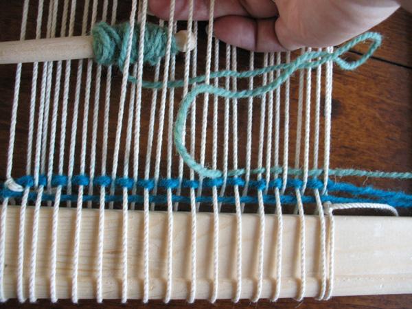 Weaving through alternating warp threads