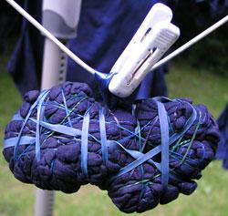 shibori.co.uk dyeing example