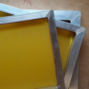Fine mesh screen printing frame