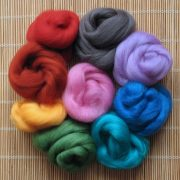 Mixed Bag of Merino Wool Tops (mid colours) 1kg