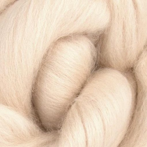 Pale pink flesh coloured wool tops